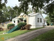 2848 Blount St East Point GA, 30344