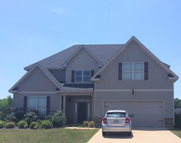 7 Pawnee Trail Seale AL, 36875