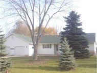 2840 Summerset Cr Suamico WI, 54173