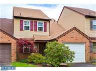 143 Lowell Ct Langhorne PA, 19047