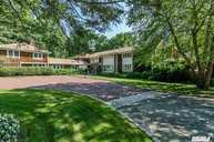 16 Dock Hollow Rd Cold Spring Harbor NY, 11724