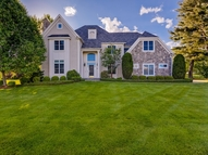 2 Nipmuc Lane Southborough MA, 01772