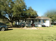 414 Cr 303 Falfurrias TX, 78355