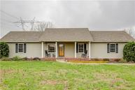 5548 Stacy Springs Rd Springfield TN, 37172