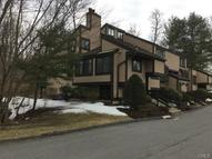 1 Comstock Trail Brookfield CT, 06804