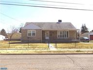 222 Mohican St Essington PA, 19029