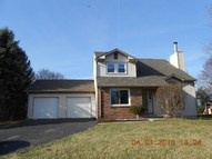 8165 Menlo Court W Dr Indianapolis IN, 46240