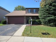 642 Packard Dr Elgin IL, 60120