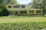 19 Maplewood Dr Northport NY, 11768