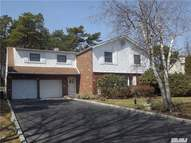 4 White Pine Way Medford NY, 11763