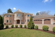 4 North Schoenbeck Road Prospect Heights IL, 60070
