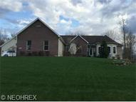 3722 Saint Marys Dr Mineral Ridge OH, 44440