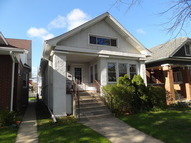 5310 West Belle Plaine Avenue Chicago IL, 60641