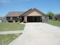 102 Se Churchill Way Lawton OK, 73501
