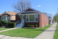 3859 West 82nd Place Chicago IL, 60652