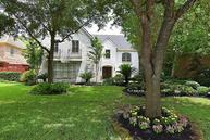 4614 Spruce St Bellaire TX, 77401