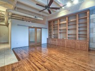 705 Main Unit 315 Houston TX, 77002
