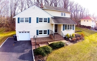 29 Terry Dr Morristown NJ, 07960