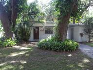 2319 Cross Lake Rd Belle Isle FL, 32809