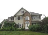 10 Hollandview Dr Bloomfield CT, 06002