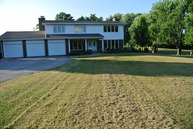 21560 West Grass Lake Road Antioch IL, 60002