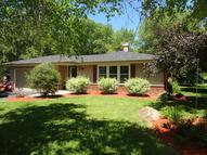 518 Fox Knoll Dr Waterford WI, 53185