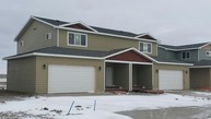 1202 9th St Watford City ND, 58854