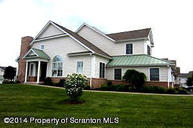 2101 Robinson Close Moosic PA, 18507