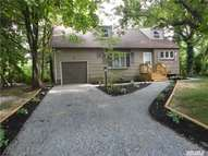 22 Franklin Ave Brentwood NY, 11717