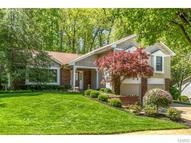 14798 Greenleaf Valley Drive Chesterfield MO, 63017