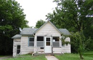 418 N Conway Ave Marshall MO, 65340