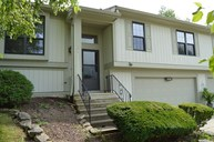 2735 Lakeshire Ln Indianapolis IN, 46268