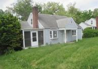 151 Elm St Imperial PA, 15126