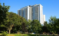 225 Davisville Avenue Apartments Toronto ON, M4S 1G9
