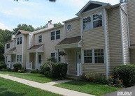 14 Huntington Commons Yaphank NY, 11980