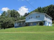 881 Shawnee Road Eccles WV, 25836