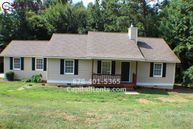 11 Laurel Wood Ln Newnan GA, 30263