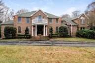 10 Country Meadow Drive Colts Neck NJ, 07722