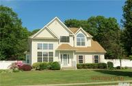 11 Dandelion Ct Lake Grove NY, 11755