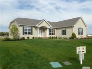 2 Hampton Ct Dr Eastport NY, 11941