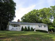 2 Eleanor Rd North Haven CT, 06473