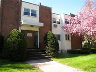 36 Thompson Rd #4c 4c Manchester CT, 06040