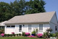 340 Edinburgh Dr Ridge NY, 11961