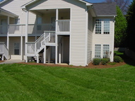104 River Oaks Ct. Clemmons NC, 27012