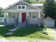 1915 S Overton Ave Independence MO, 64052