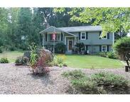 16 Hickory Dr Dudley MA, 01571