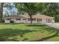 47 Airshire Place Hazelwood MO, 63042