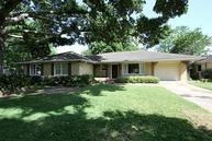 4529 Wedgewood Dr Bellaire TX, 77401