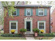 1060 East Linden Avenue Saint Louis MO, 63117