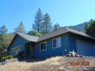 229 Canyon Drive Grants Pass OR, 97527